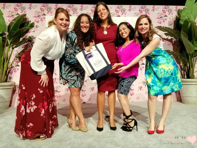 latina-blogger-weallgrow-storytellers-dsm-1