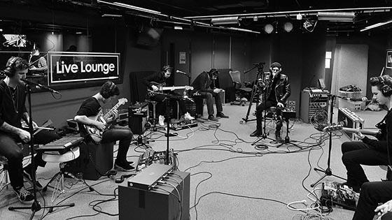The Neighbourhood Live Lounge