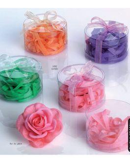 Flor de jabón con virutas de jabón