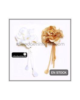 Broche Ramillete Flor Marfil/Beige