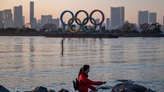 Ο πρωθυπουργός της Ιαπωνίας Σούγκα ανακοίνωσε ότι οι αναβαλλόμενοι Ολυμπιακοί Αγώνες θα διεξαχθούν το καλοκαίρι του 2021