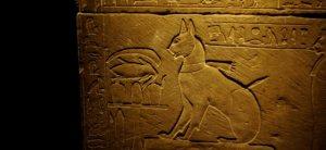 Γιατί οι αρχαίοι Αιγύπτιοι είχαν εμμονή με τις γάτες;