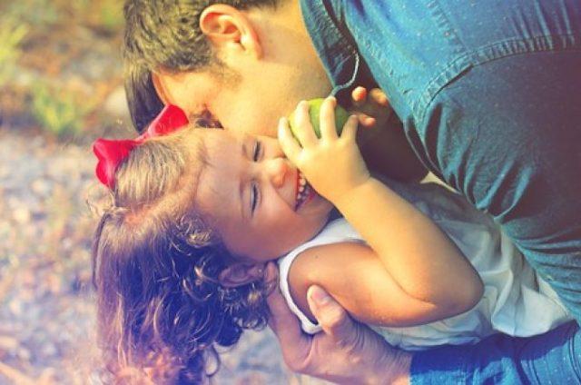 Sve više roditelja koji svojoj deci ne daju da dišu