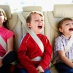 Consejos para que los niños viajen seguros en el auto