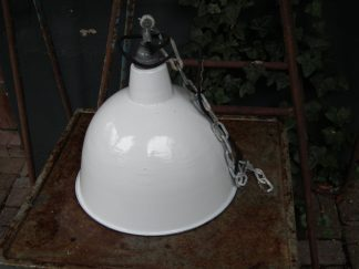 Wit emaille lamp