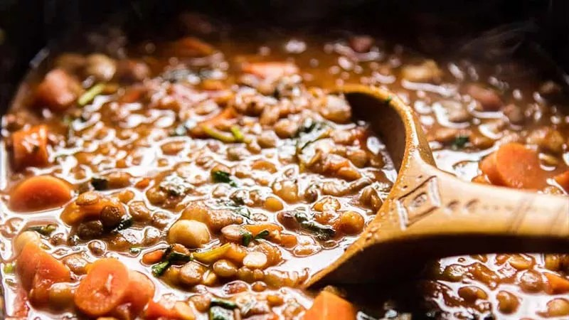 https://www.halfbakedharvest.com/wp-content/uploads/2017/01/Crockpot-Moroccan-Lentil-and-Chickpea-Soup-3.jpg
