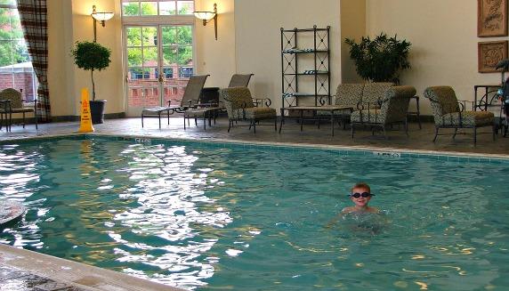 exp cols hilton swimming pool