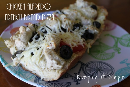 Chicken-Alfredo-French-Bread-Pizza