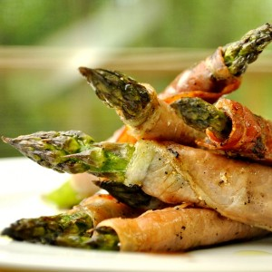 Grilled-Prosciutto-Asparagus