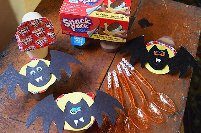 #MixInMonsterMash Snack Pack Decorated Cups