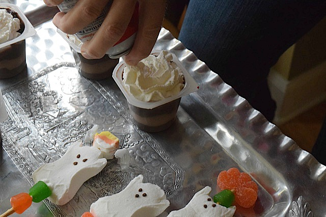 #MixInMonsterMash Redi-Whip Topping for Snack Pack Pudding Cups