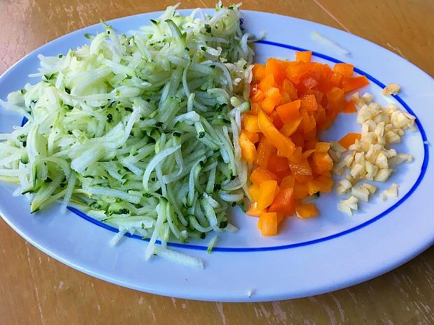 Cheesy Zucchini and Pepper Rice Shredded Veggies