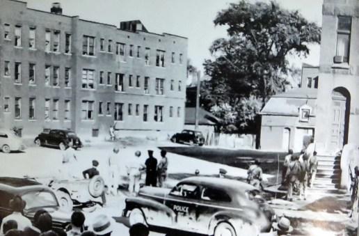 The Detroit race riot of 1943 113