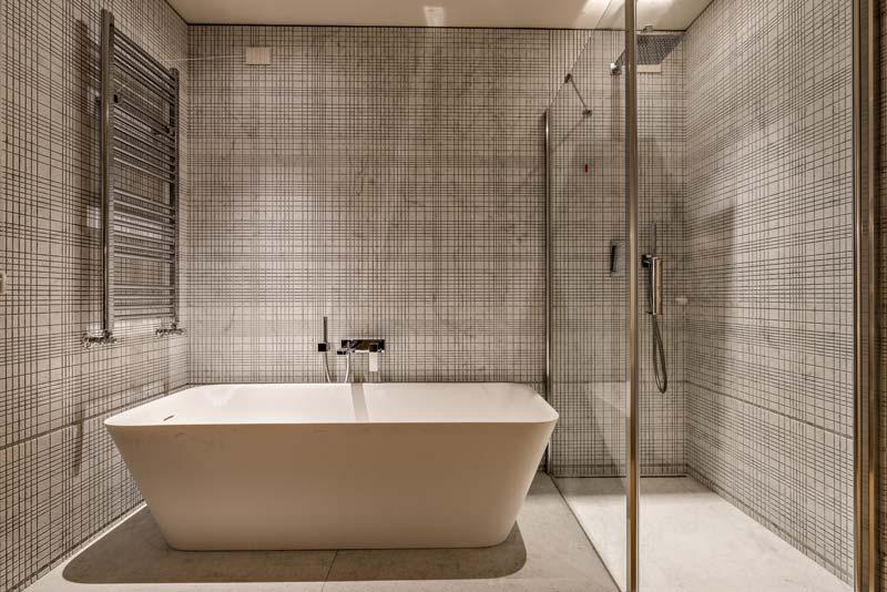 bagno moderno Hotel Miramonti a Forte dei Marmi