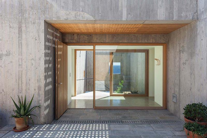 ingresso con porte vetrate scorrevoli