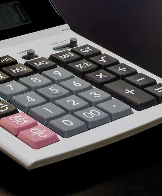 reducir gastos con el banco