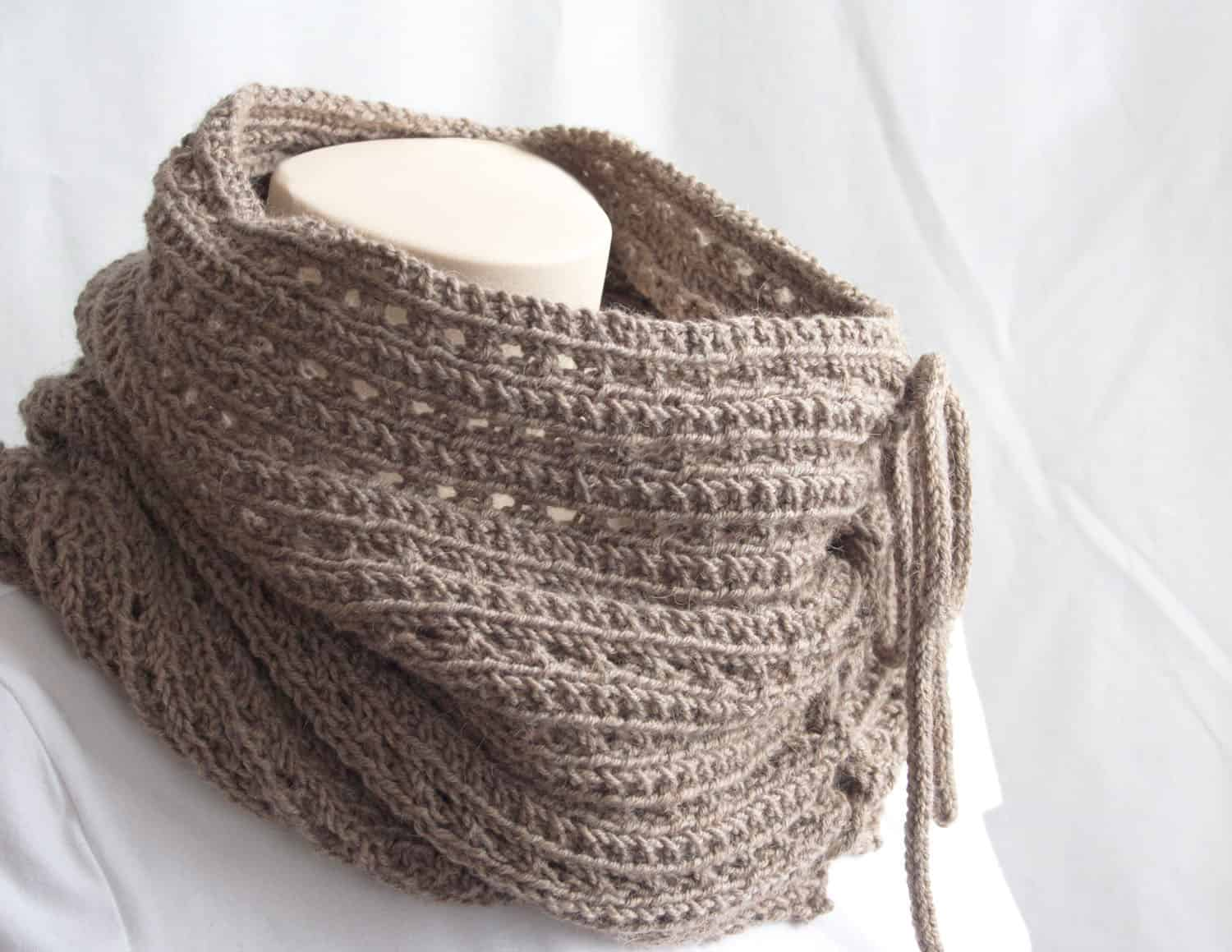 Knitting Pattern : The Mokaccino Cowl