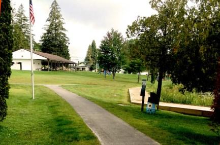 Thurston Park, Central Lake