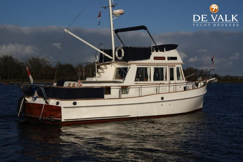 GRAND BANKS 36 CLASSIC Motor Yacht For Sale De Valk
