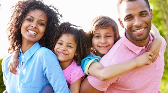 Orang Tua dapat Pilih kasih terhadap anak - anaknya