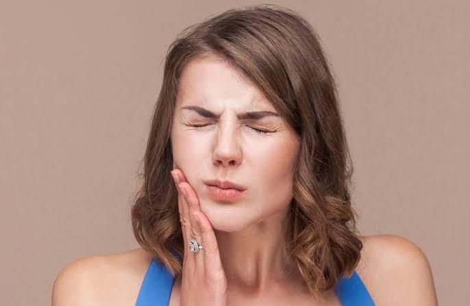 Cara Atasi Nyeri Sakit Gigi