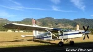 Avion Pilatus PC-6 pour largage parachute
