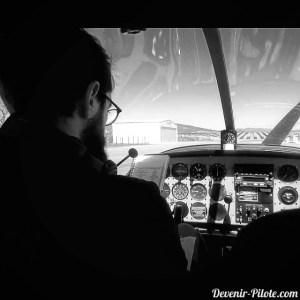 Départ de LFHO à destination de Montpellier dans un DR400
