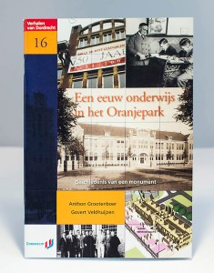Een eeuw onderwijs in het Oranjepark
