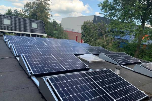 zonnepanelen_installatie_september_2019_Heegstra_Surhuisterveen