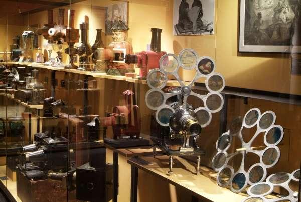 Museo del Cine de Gerona 02