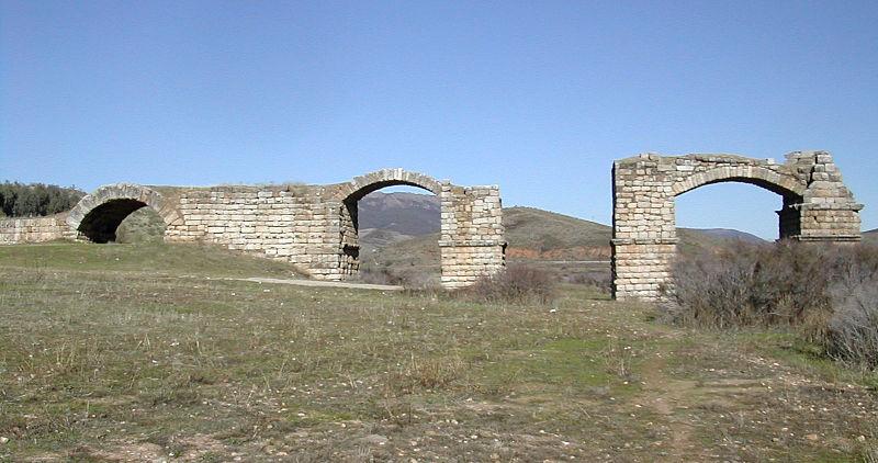 Puente de Alconétar en Cáceres