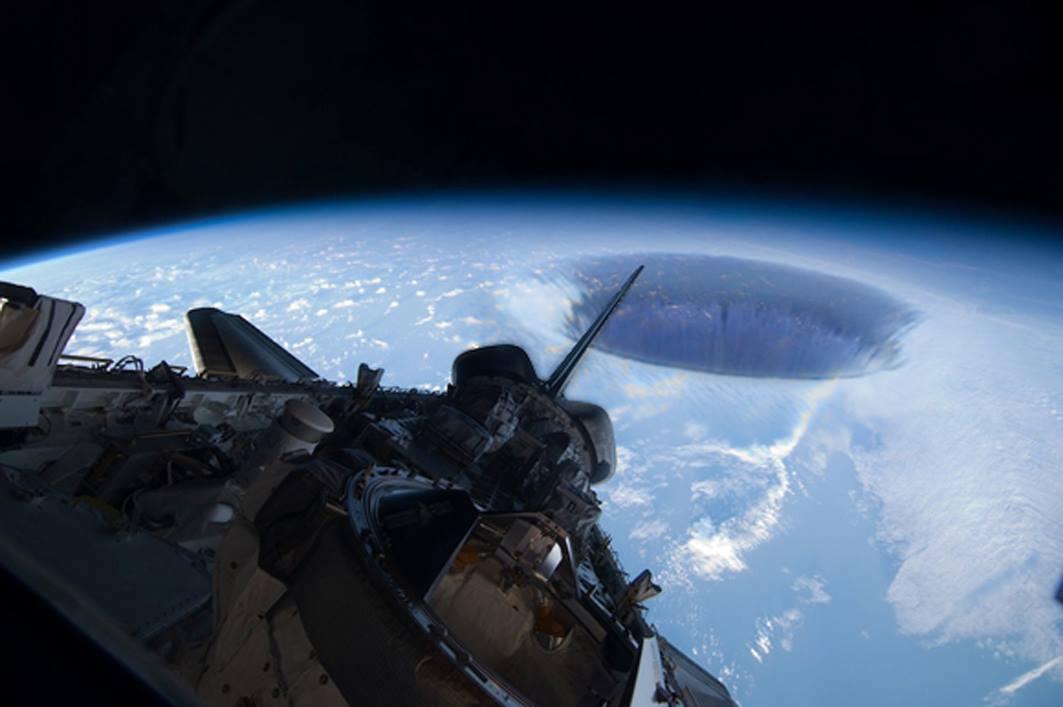 """Pseudociência: o vazio dentro da """"teoria"""" da terra oca"""