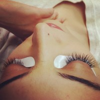 Shark Tank: Mikki Bey Eyelash Extension provider gone in the Blink of an eye, Fails To Get a Deal