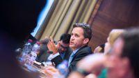 UN Free Speech Expert Pledges Support For Apple's Encryption Stance