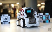 It's hard not to love Anki's adorable Cozmo robot