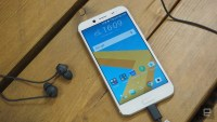 HTC's 10 Evo is its first phone you can only buy online