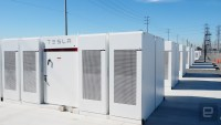 Tesla pledges to fix Australian state's power woes