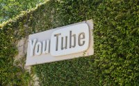 AT&T, Verizon Pull Ads: Alphabet's Schmidt Concedes YouTube Ranking Problem