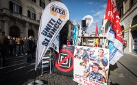 Italian court halts Uber injunction as Taiwan lifts ban