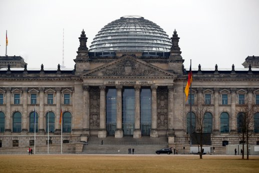 Facebook: German bill isn't 'suitable' to fight hate speech