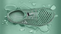 These Shoes Help Clean Lakes' Because They're Made Of Polluting Algae