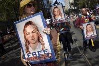 Wikileaks whistleblower Chelsea Manning walks free from prison