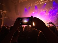 Shooting Cellphone Video On the Fly