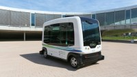 Apple to test self-driving shuttle for employees in Palo Alto