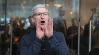 Tim Cook got a hefty raise this year
