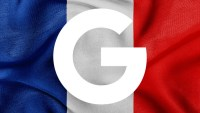 Report: France suing Google, Apple over mobile developer contract terms
