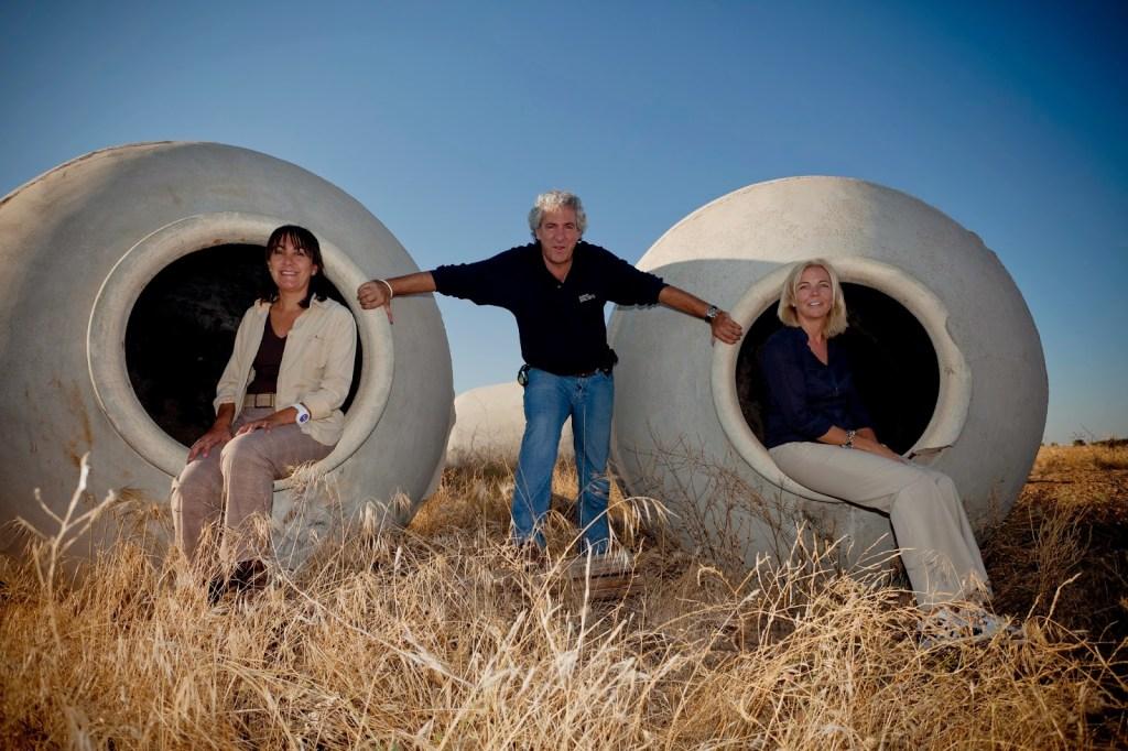 Más que vinos - Bodegas Ercavio = 3 enólogos & 3 amigos. Fuente: Bodegas Más que Vinos - Ercavio