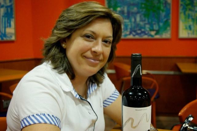 Elisa Martínez Navarro, enóloga de Evol y creadora de Aromas en mi copa. Fuente: De Grastonomía Segunda Época