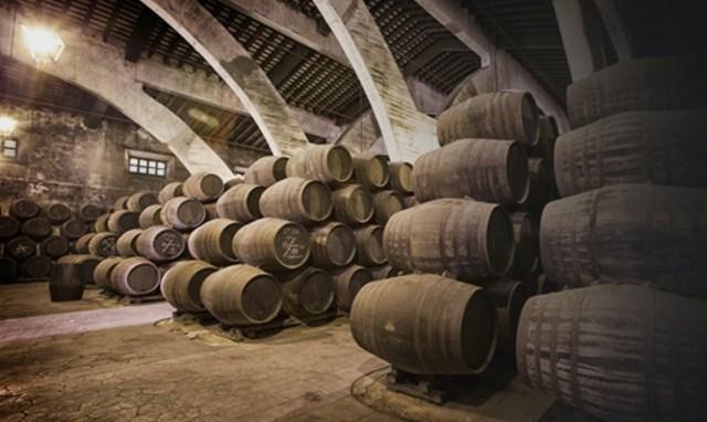 Sistema de criadera-solera del Brandy de Jerez. Fuente [en linea]: cincojotas.com