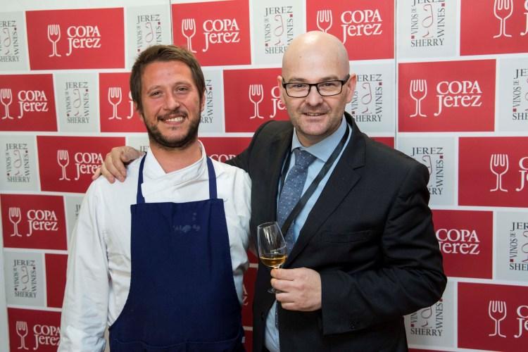 Juan Luis García y el chef Matteo Pierazzoli de Casa Marcial. Copyrighg: CR Vinos de Jerez